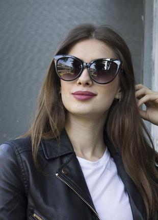 Солнцезащитные женские очки