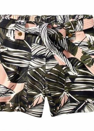 Лёгкие, струящиеся шорты esmara