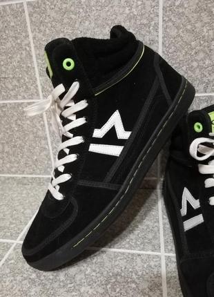 580023012 Мужские молодежные замшевые демисезонные кроссовки ботинки слипы creeks