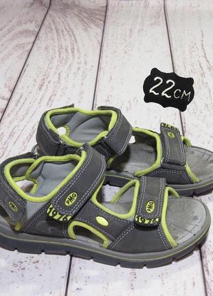 Primigi кожаные сандали для мальчика