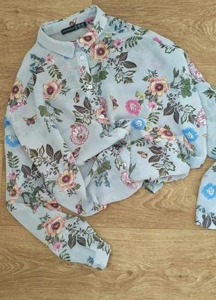 Блуза рубашка оверсайз серая шифоновая с цветами atmosphere