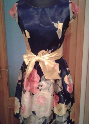 Платье с цветами иск шелк