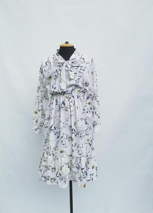 Тренд 2019 летнее белое шифоновое платье в цветочный принт с завышенной талией