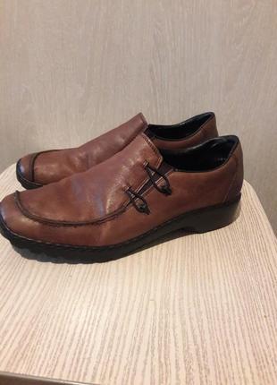 Туфли продаю.