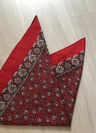 Актуальная стильная бандана хустка в принт орнамент красная 100% котон