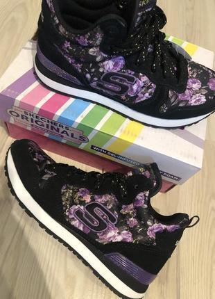 Шикарные высокие кроссовки ботинки skechers, размер 30