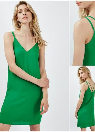 Летнее свободное зеленое платье
