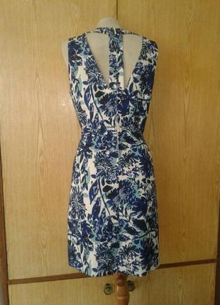 Жаккардовое бело-синее платье с открытой спинкой, l.