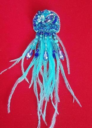 Изящная брошь голубая медуза символ моря, красоты и гармонии