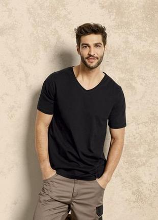 Акция  мужская натуральная футболка livergy германия размер м  48-50