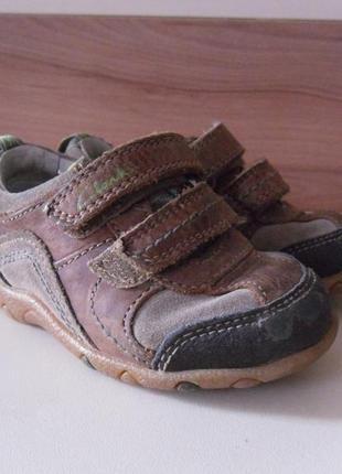 Кроссовки мальчик кожаные 21 22 clarks англия туфли кеды кожа натуральна