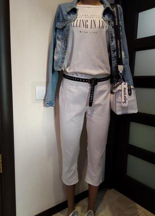 Летние джинсы скинни бриджи капри укороченные белые  стрейч