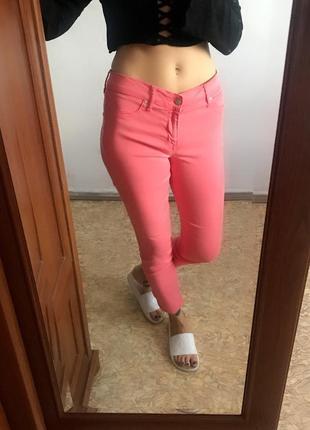 Классные коралловые розовые джинсы скинни узкачи узкие штаны леггинсы. р. m1 фото