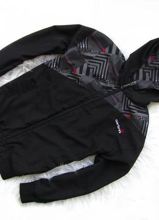 Стильная ветровка куртка с капюшоном carbrin
