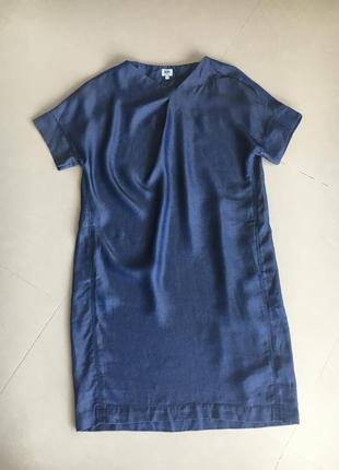 Легкое платье оверсайз с карманами