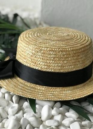 Очень красивая соломенная шляпа