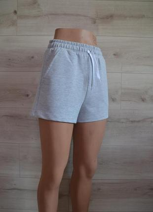 Женские шорты распродажа
