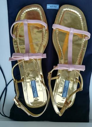 Босоніжки бренду prada1 фото