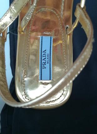 Босоніжки бренду prada5 фото