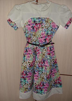 Нарядное платье для девочки,р,140-146см