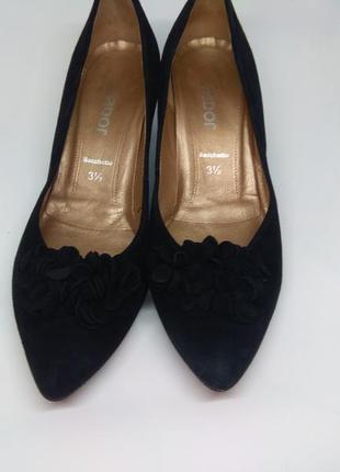 Замшевые туфли 36 размер
