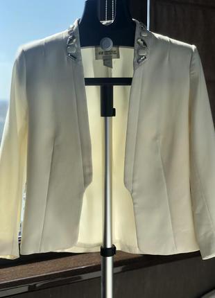 Пиджак женский цвета шампань от h&m
