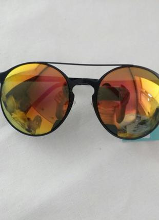 Солнце защитные очки new look