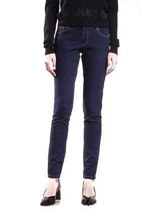 Темно-синие джинсы на худенькую фигуру от versace, 24-25 р-р