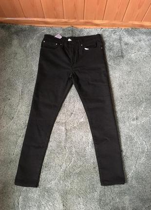 Чорні джинси levis