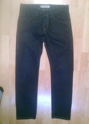 Фирменные джинсы 30 р. levi strauss