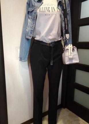 Базовые брюки штаны черные зауженные к низу длинные9 фото