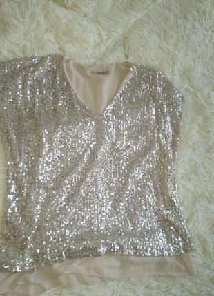 Шикарный брючный выходной костюм золото размер 42