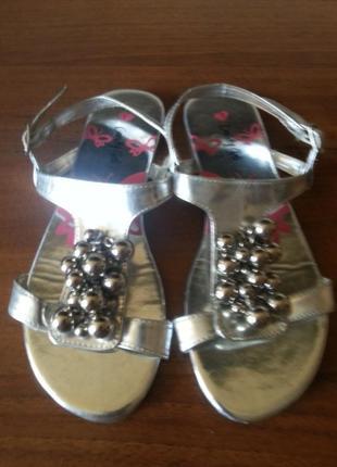 Серебристые босоножки candy couture