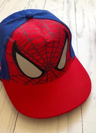 Кепка человек паук