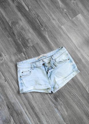 Джинсовые короткие синие шорты