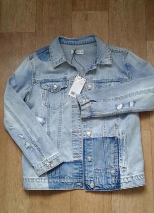 Фирменная джинсовая куртка mango