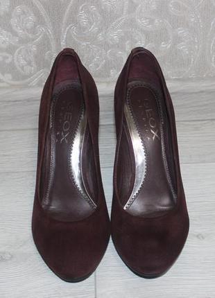 Туфли на каблуке geox.