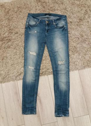 Рваные джинсы скинни skinny