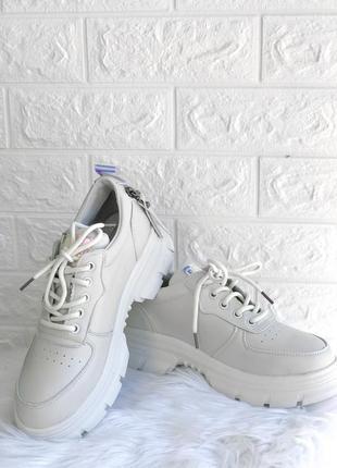 Женские кроссовки на толстой подошве ugly shoes