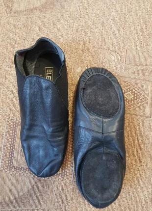 Танцевальные джазовки, танцевальная обувь, чешки