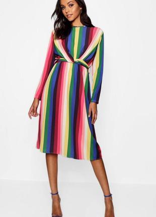 Шикарнейшее полосатое легкое платье миди с поясом