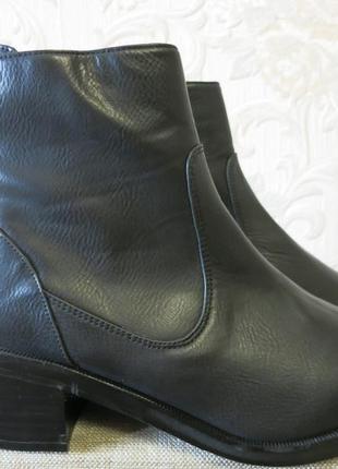 Черные новые ботинки на устойчивом каблуке 36р от h&m