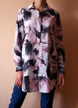 Суперская удлиненная рубашка с абстрактным принтом