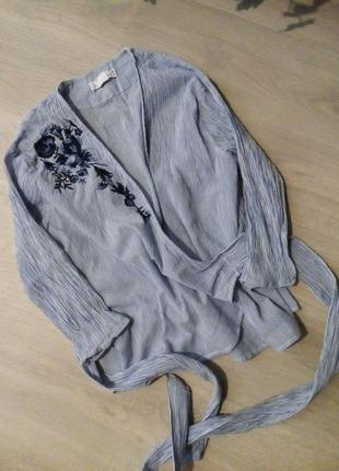 Блузка на запах вышивка
