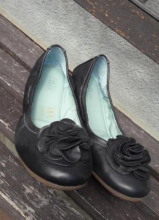 Туфлі (балєтки), італійського бренду varese, 100 % натуральна шкіра