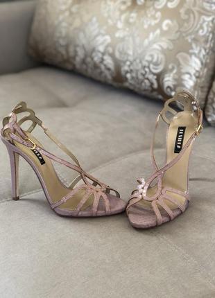 Босоножки туфли сандали