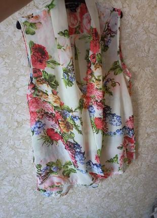 Яркая лёгкая блуза блузка
