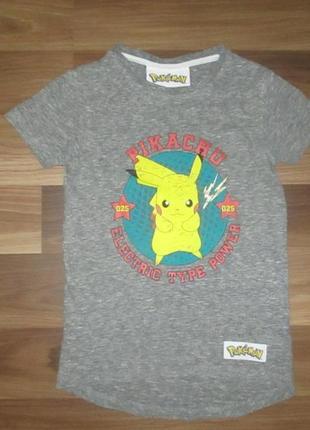 Хорошенькая серая футболочка с покемоном фирмы некст на 5-6 лет