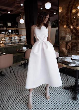 Шикарное вечернее свадебное платье миди на бретелях открытая спина белое атласное