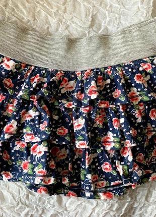 Мини-юбка в оборку трикотаж в цветочек hollister xs